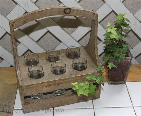 アンティーク風木箱のフラワーベース